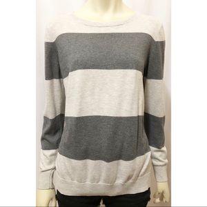 Old Navy Medium Gray Long Sleeve Striped Sweater